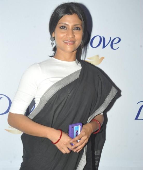 Konkana Sen in Black Saree at Dove Beauty Patch Discussion in Mumbai