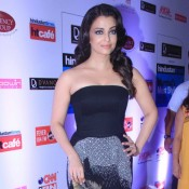 Aishwarya Rai in Black Strapless Gown at HT Mumbai Most Stylish Awards 2015 Recent Pics