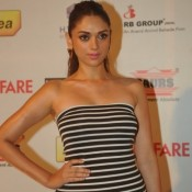 Aditi Rao Hydri in White and Black Combination off Shoulder Gown at Idea FilmFare Pre Awards Party Mumbai 2014