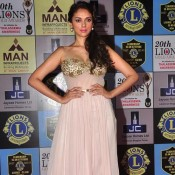 Aditi Rao Hydari Hot Cleavage Pics – Bold Images 2014 in Off Shoulder White Dress