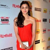 Alia Bhatt in Orange off Shoulder Gown at Idea Filmfare Pre Awards Party 2014