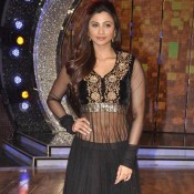 Daisy Shah in Black Anarkali Suits Churidar Dress in JAI HO 2014 Promotion on DID 6