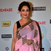 Madhuri Dixit in Light Pink Saree at Idea FilmFare Pre Awards Party 2014
