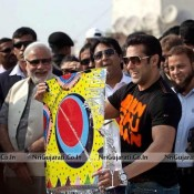 Salman Khan in Ahmedabad Gujarat for JAI HO Promotion with Narendra Modi