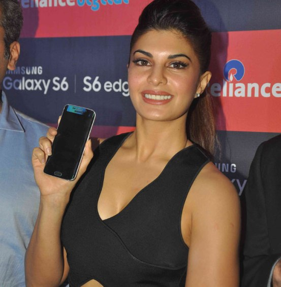 Jacqueline Fernandez Launched Samsung Galaxy S6 Phone
