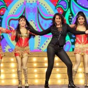 Sonakshi Sinha in Black Dress Perform at Umang Awards 2014