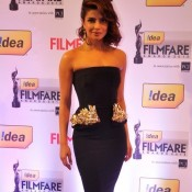 Priyanka Chopra in Black Gown Pics at Idea Filmfare Awards 2014