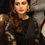 Huma Qureshi in Black Saree Photos – Hot Pics in Designer Plain Saree Blouse