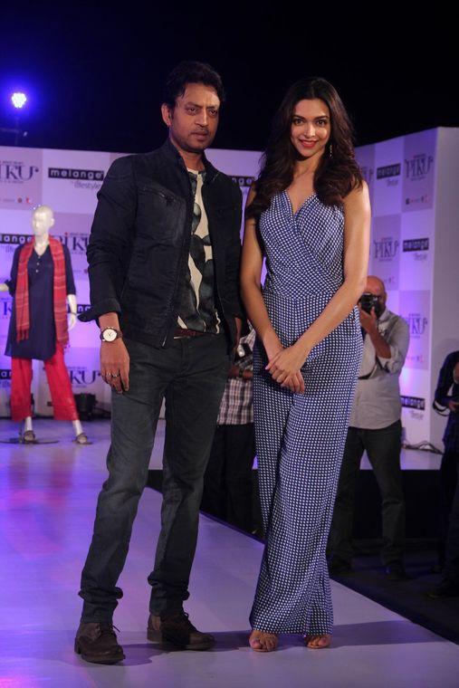 Deepika Padukone in Blue Checkered Jumpsuit at Piku Film ...