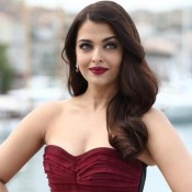 Aishwarya Rai in Maroon Strapless Gown at Cannes Film Festival 2015 Day 7 Red Carpet Photos