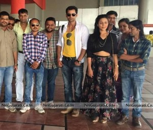 Promotion of Makad Jaala Film at Cosmoplex Cinema Rajkot Gujarat – Latest Photos May 2015