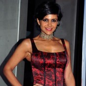 Mandira Bedi Hot Armpits Cute Arms in Sleeveless Top – Bold Images in Boy Cut Hairstyle