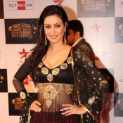 Maryam Zakaria Hot Navel Show Pics in Floor Length Lehenga Dress at Big Star Entertainment Awards 2013