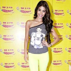Yaariyan Movie 2014 Hero Nicole Faria Latest Ne...