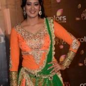 Shweta Tiwari in Orange Anarkali Suits Churidar Dress COLORS Golden Petal Awards 2013