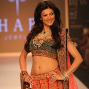 Sushmita Sen Hot Navel Show Photos in Bridal Wear Dress at India International Jewellery Week 2013