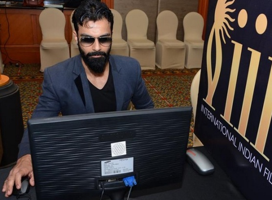 Ashmit Patel in Black T-shirt with Dark Jeans and Matching Blazer at IIFA 2015 Voting Weekend