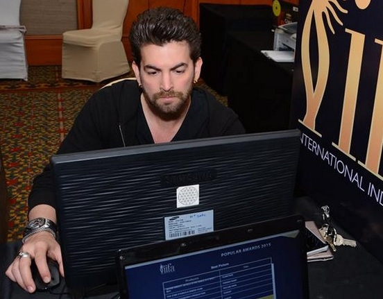 Neil Nitin Mukesh in Black Full Sleeve T-Shirt with Blue Jeans at IIFA 2015 Voting Weekend