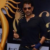 Harmeet Singh in Black V-neckline T-shirt with Dark Jeans Goggles Cool Look at IIFA 2015 Press Meet