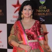 Juhi Parmar in Anarkali Dress at Star Parivaar Awards 2015 Photos