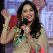 Madhuri Dixit in Bigg Boss 7 – Photos in Pink Designer Saree with Salman Khan