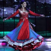 Madhuri Dixit in Dance India Dance (DID) for Dedh Ishquiya Promotion in Red Churidar Dress