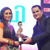 Rani Mukharjee in 100 years of Indian Cinema Awards 2013 Photos