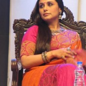 Rani Mukherjee in Orange Saree at Kolkata International Film Festival 2013