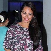Sonakshi Sinha in Skin Tight Black Jeans at Bullett Raja Screening in Mumbai
