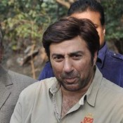 Sunny Deol Promoting Singh Saab The Great On The Sets Of Cid