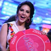 Sunny Leone in Black Dress – Hot Photos in Jack Pot Music Launch Event with Sachiin Joshi