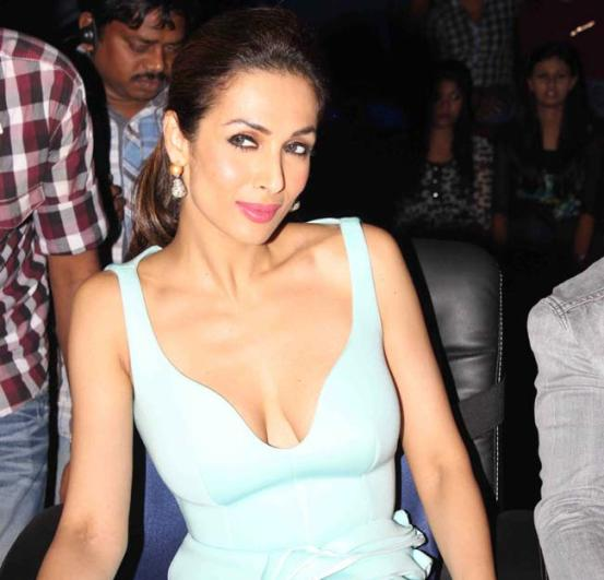 Malaika Arora Khan in Sky Blue Sleeveless One Piece Dress at India's Got Talent Sets