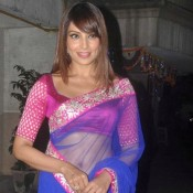 Are you looking for Bipasha Basu in Saree Pictures Photos Images ??