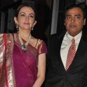 Neeta Ambani in Saree with Husband Mukesh Ambani Beautiful Sweet Couple Photos