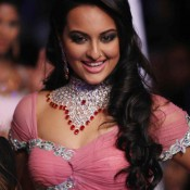 Sonakshi Sinha Without Bra Photos Hot Pics Bold Images