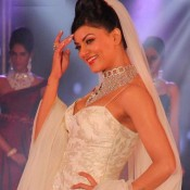 Sushmita Sen in White Bridal Wear at The 1st Bullion And Jewellery Awards