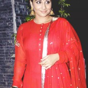 Vidya Balan in Red Traditional Dress – Hot Pics