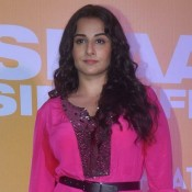 Vidya Balan Hot Legs Pics in Short Pink One Piece Dress