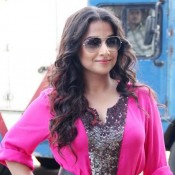 Vidya Balan in Pink Dress at Launch Shaadi Ke Side Effects Trailer