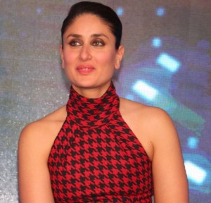 Kareena Kapoor in Black Pencil Skirt with Red Printed High Neck Top at Bajrangi Bhaijan Promotions in Delhi