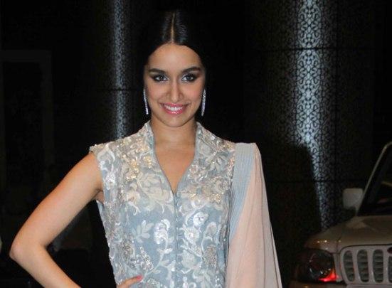 Shraddha Kapoor in Floor Length Anarkali Dress at Sahid Kapoor and Mira Rajput Wedding Reception