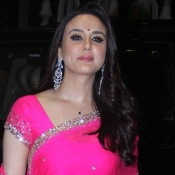 Preity Zinta in Pink Saree Blouse for Sahid Kapoor and Mira Rajput Reception Party