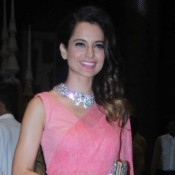 Kangana Ranaut in Pink Saree at Sahid Kapoor and Mira Rajput Wedding Reception