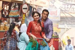 Tu Chahiye Song Lyrics from Bajrangi Bhaijaan Hindi Movie 2015