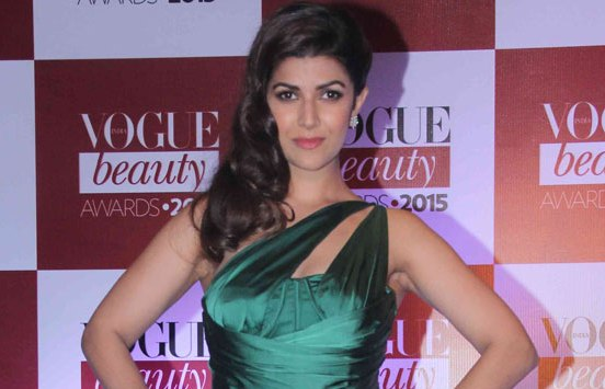 Nimrat Kaur in Green One Shoulder Tight Silk Gown at Vogue Beauty Awards 2015