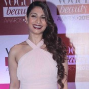 Tanisha Mukherjee in Pink Cap Back Floor Length Gown for Vogue Beauty Awards 2015