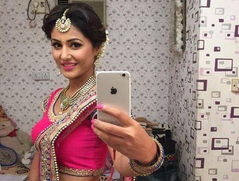 Yeh Rishta Kya Kehlata Hai Lead Akshara Aka Hina Khan in Pink Blue Lehenga Choli Photos
