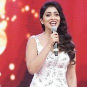 Shriya Saran Hot Backless Photos – New Look in White Gown at South Indian International Movie Awards 2015