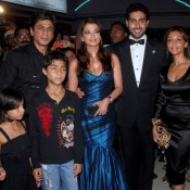 Aishwarya Rai and Gauri Khan Deep Cleavage Show Pics