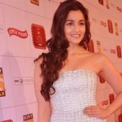 Alia Bhatt in White Off Shoulder Dress at Stardust Awards 2013